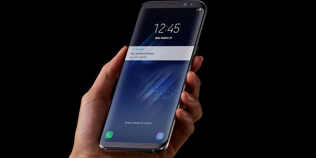 The Samsung Galaxy S9 is here and it has a headphone jack!