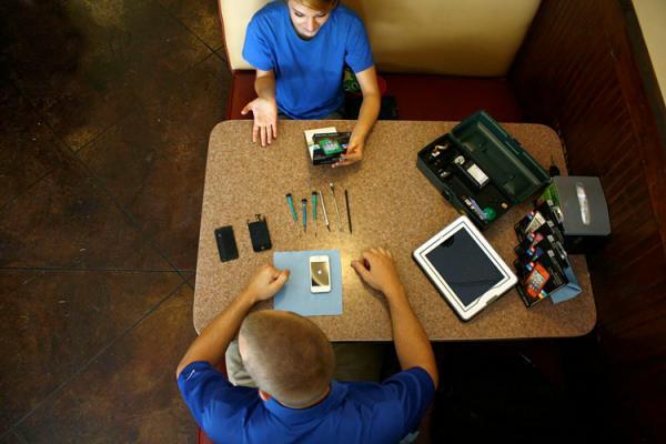 Featured Mobile Repair Business : Hayden Faison