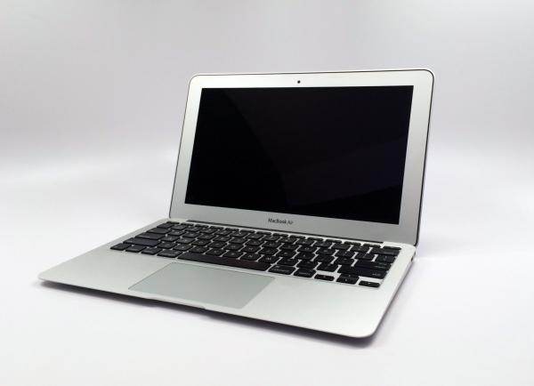 New! MacBook Air LCD Screens