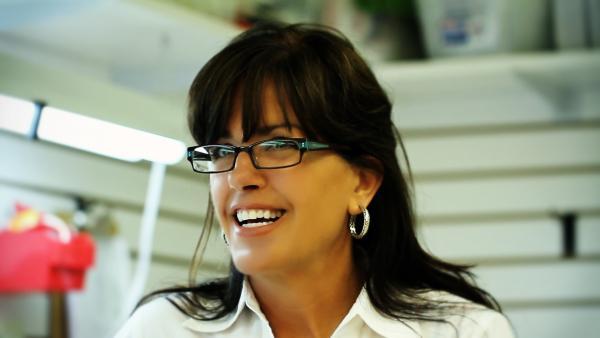Women Who Repair : Jenifer Schultz
